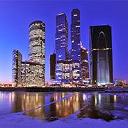 Подобрать постеры с видами Москвы для интереьера
