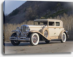 Постер Duesenberg J 232 Arlington Sedan LWB by Derham '1930