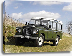 Постер Land Rover Series III LWB '1971–85