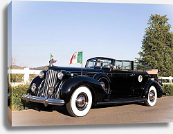 Постер Packard Twelve Armored Convertible Sedan by Dietrich '1939