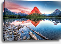 Постер США. Swiftcurrent Lake at Dawn