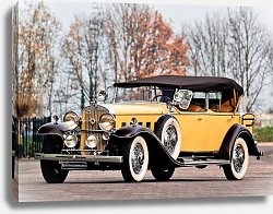 Постер Cadillac V12 370-A All Weather Phaeton by Fleetwood '1931