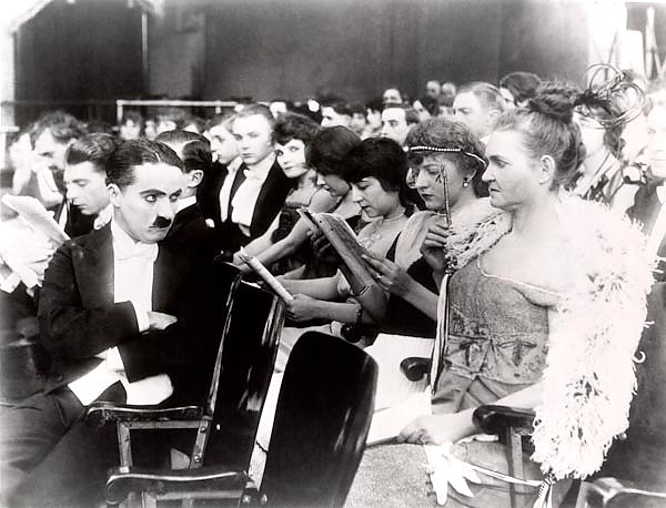 Chaplin, Charlie (A Night In The Show)