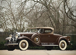 Постер Cadillac V16 452 452-A Roadster by Fleetwood '1930–31