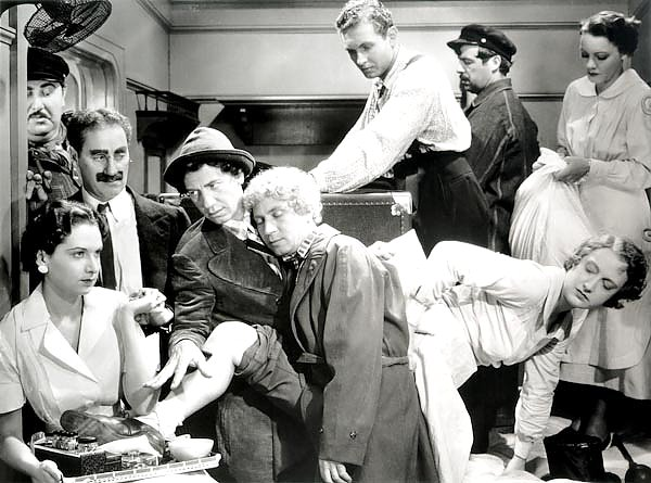 Marx Brothers (A Night At The Opera) 2