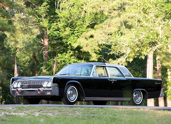 Lincoln Continental ''Bubbletop'' Kennedy Limousine '1962