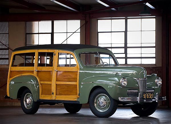 Ford Super Deluxe Station Wagon '1941