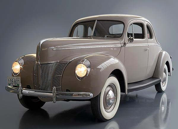 Ford Model 01A Deluxe 5-Window Coupe '1940