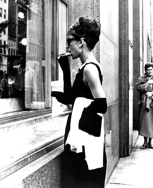 Hepburn, Audrey (Breakfast At Tiffany's) 11