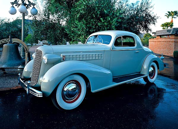 Cadillac V8 Series 70 Coupe '1936