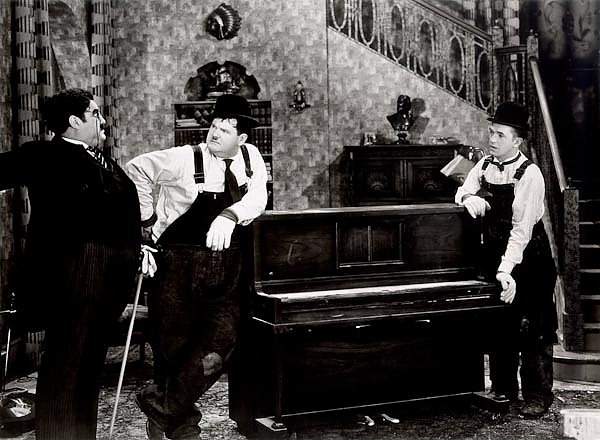Laurel & Hardy (Music Box, The)
