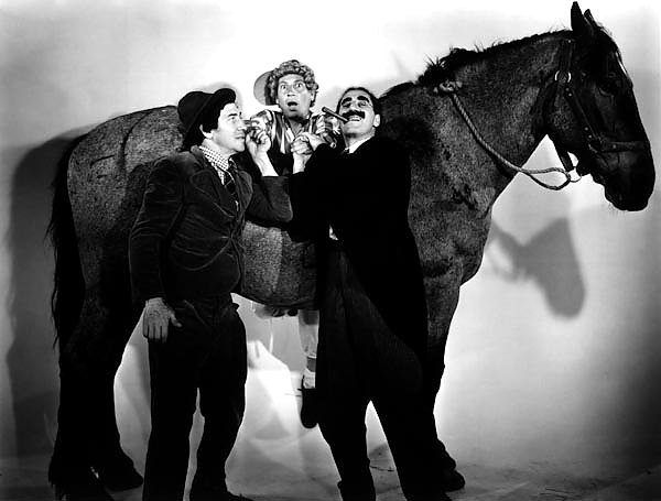 Marx Brothers (A Day At The Races) 4