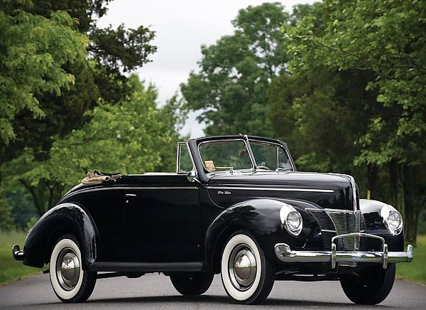 Ford Deluxe Convertible Coupe '1940