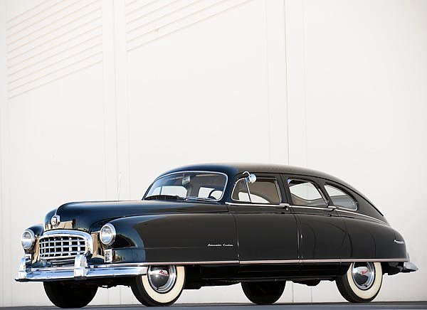 Nash Ambassador Custom 4-door Sedan '1950