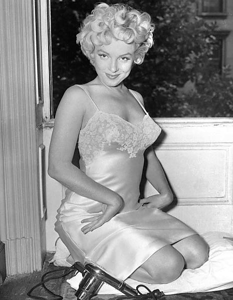 Monroe, Marilyn (Seven Year Itch, The) 4