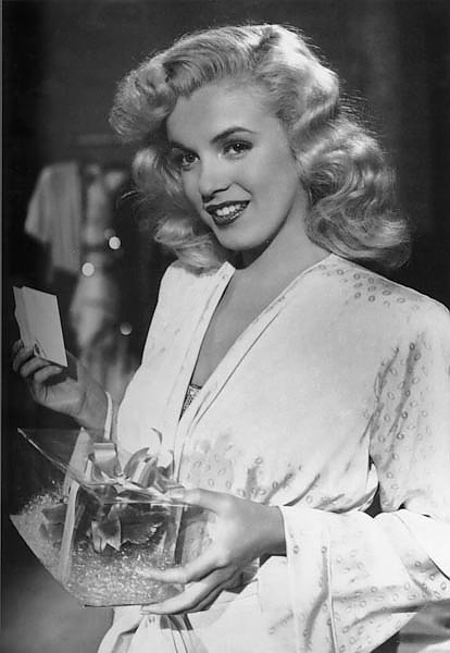 Monroe, Marilyn (Ladies Of The Chorus) 4