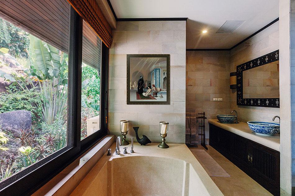 картины и постеры в интерьере ванной комнаты и туалета более 40 фото