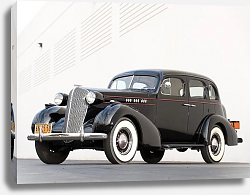 Постер Oldsmobile 6 Touring Sedan '1936