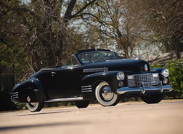 Cadillac Sixty-Two Convertible Coupe by Fleetwood '1941
