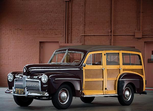 Ford Super Deluxe Station Wagon '1942