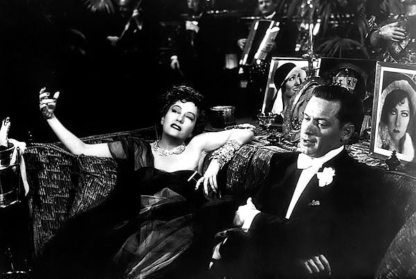Swanson, Gloria (Sunset Boulevard) 2