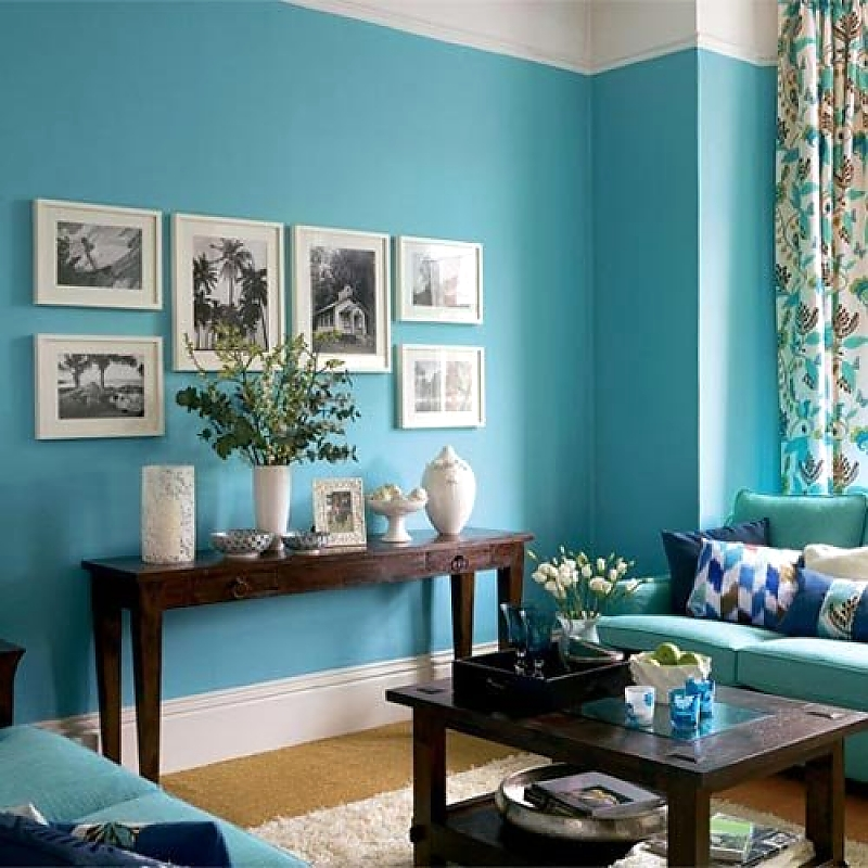 симметричное размещение картин apartmenttherapy